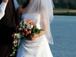Śliczna skromna BIAŁA jednoczęściowa suknie ślubna z aplikacjami
