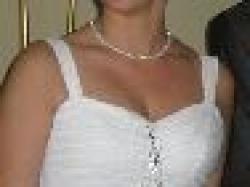 Sliczna skromna biala suknia