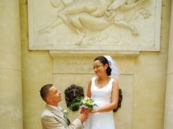 Śliczna,skromna suknia ślubna