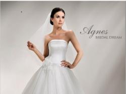 Śliczna, skromna suknia ślubna z salonu Agnes