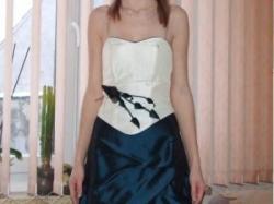 Śliczna sukienka wieczorowa