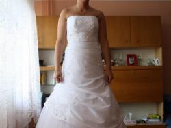 śliczna suknia biała