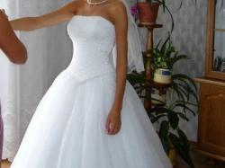 Śliczna suknia COSMOBELLA