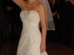 śliczna suknia koronkowa Cosmobella 7267