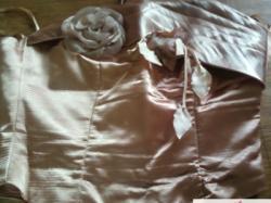 Sliczna suknia na weselu, studniowke