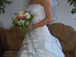 Śliczna Suknia Ślubna Aizza