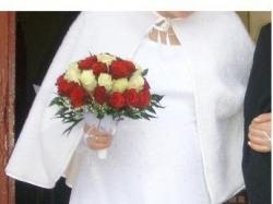 śliczna suknia ślubna ciążowa