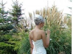 sliczna suknia slubna delikatna ecru bardzo jasniutkie 38 / 40  polecam!!!!!!!!!