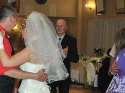 śliczna suknia ślubna ecru