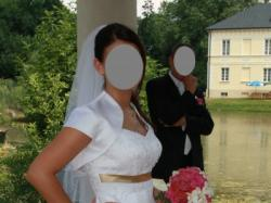 Śliczna suknia ślubna - falbanki