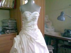 Śliczna suknia ślubna Firma MADONNA