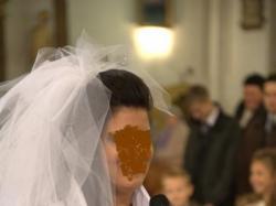Śliczna suknia ślubna firmy AGNES
