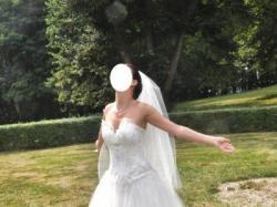 Śliczna suknia ślubna francuskiej firmy Faragé model Cindarella