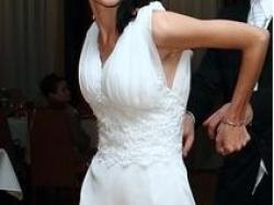 Śliczna suknia ślubna koronka biała XS S