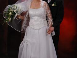 Śliczna suknia ślubna - przyniosła wiele szczęścią:)