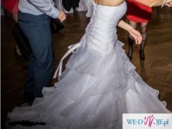 Śliczna suknia ślubna r.36/38+gratisy(m.in.buty ślubne,ozdoby na auto)