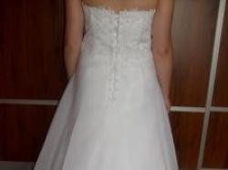 Śliczna suknia ślubna. Rozmiar 38-40. Szyta na miarę.