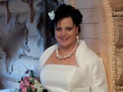 śliczna suknia ślubna w rozmiarze 48!! Warto!