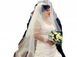 Śliczna suknia ślubna z bolerkiem i 2 welonami