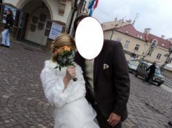 Śliczna suknia ślubna z bolerkiem na chłodniejszy dzień