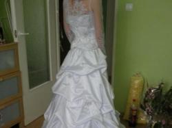 Śliczna suknia slubna z trenem za 500zł