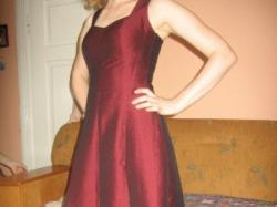 Śliczna wieczorowa sukienka