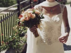 Śliczna zwiewna sukia ślubna z szyfonu