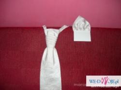 Śliczne atłasowe buciki ślubne