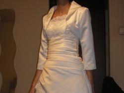 Slubna suknia