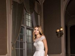 Śmietankowa suknia ślubna 34/36 + długi welon (tkanina: jedwab mikado + koronka)