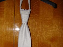 śnieżno biała kamizelka ślubna