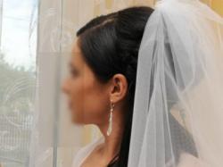 Śnieżnobiała suknia ślubna rozm. 38 cena do negocjacji