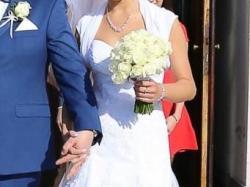 Śnieżnobiała suknia ślubna z salonu! Gratisy!
