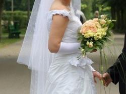 Specjalnie dla Ciebie sukienka ślubna :)