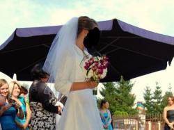 Sposa Adica biała koronkowa suknia ślubna