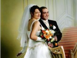 Spredam śliczną suknie ślubną