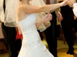 sprzeam suknię ślubną Evita
