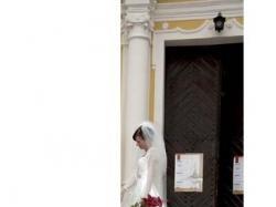 Sprzeda piękną suknię ze salonu Madonna model 805 Atelier Diagonal