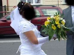 Sprzedam białą, jednoczęściową suknię ślubną!