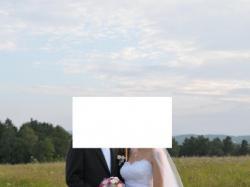 Sprzedam białą suknie slubną