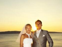 Sprzedam białą suknie ślubną Firmy FARAGE