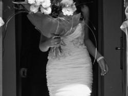 Sprzedam białą suknię ślubną z odpinanym dołem