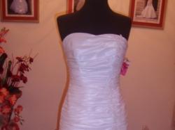 sprzedam białą suknienkę ślubną