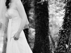 Sprzedam delikatną, zwiewną, pięknie zdobioną suknie ślubną