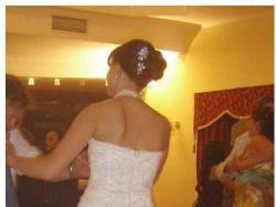 Sprzedam elegancką i szykowną suknię, koronka, tren, z salonu ADRIA
