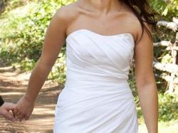 sprzedam elegancka sukienkę ślubna z bolerkiem