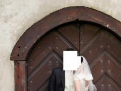 Sprzedam elegancką suknię ślubną