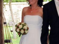sprzedam elegancką suknie ślubną Model 2010 salon Agnes roz.38