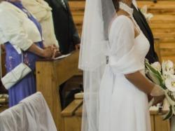 Sprzedam elegancką suknię ślubną w stanie idealnym