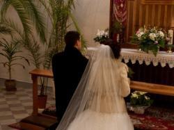 Sprzedam elegancką suknię ślubnę z salonu Madonna